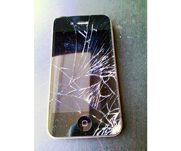 iPhone 4 Screen Repair in NYC