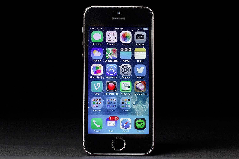 iphone 5s screen repair macbook repair in nyc 347 552 2258. Black Bedroom Furniture Sets. Home Design Ideas
